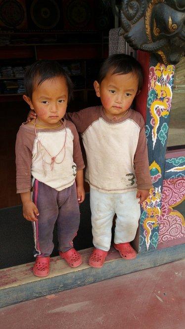 rsz_1rsz_1rsz_babes_in_bhutan